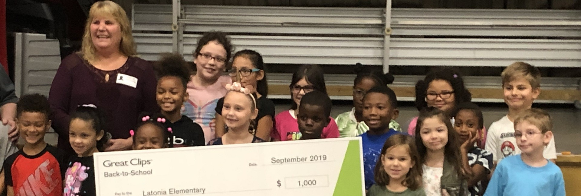 Great Clips Donates $1,000 to Latonia Elementary