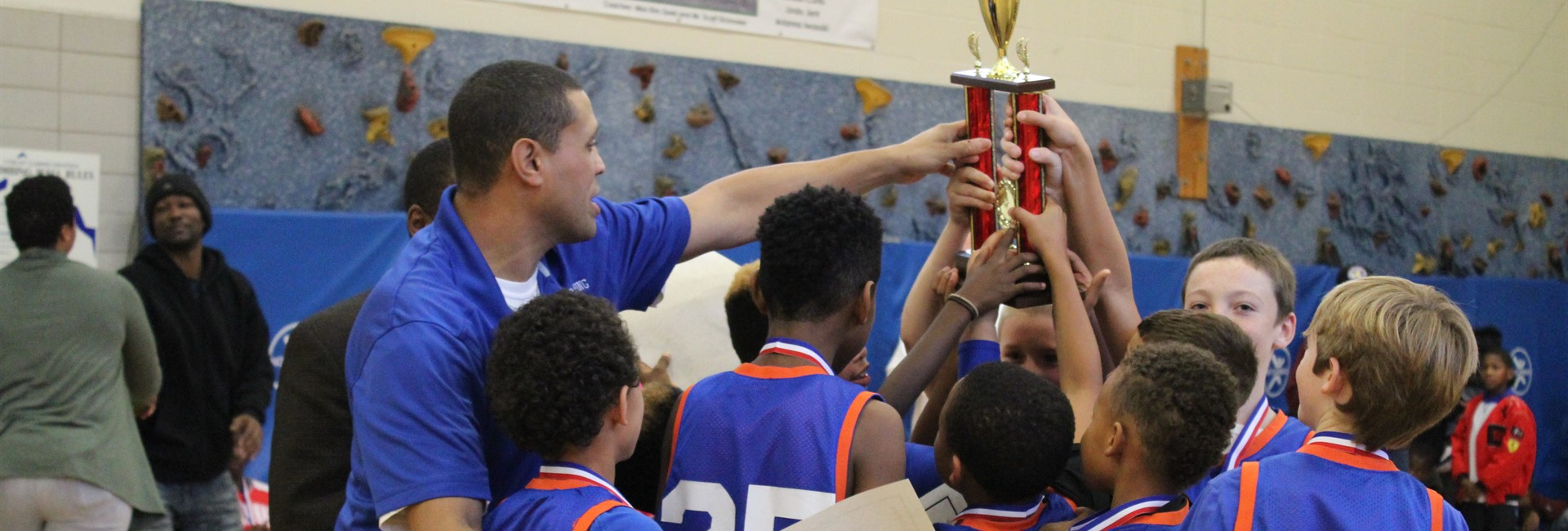 Glenn O. Swing's boys' basketball team wins the championship.