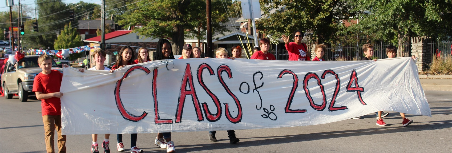 The Class of 2024 in the Homecoming Parade