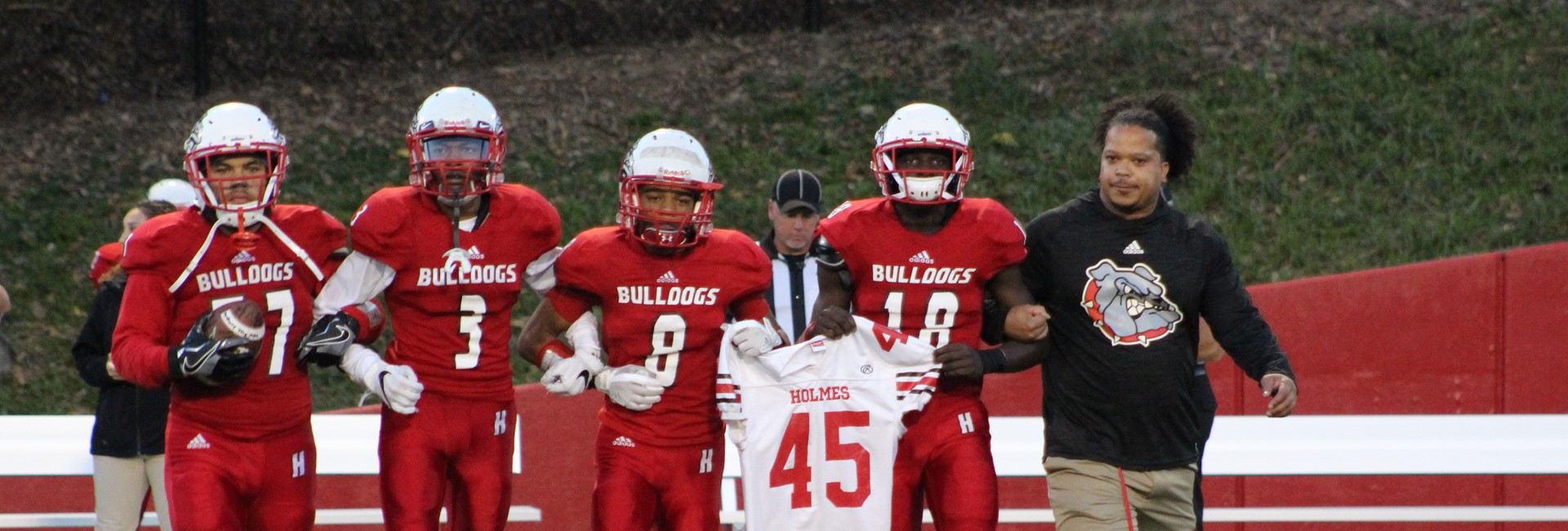 Holmes Bulldogs Pay Tribute to Eli Kindt